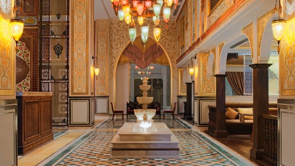 Saray | Hotel-R